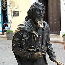 The Gentleman from Paris, his statue is in front on the Convent of San Francisco de Asís