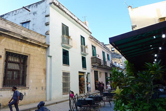 Hostel San Ignacio, it's main attraction is its location in the heart of the Old Havana