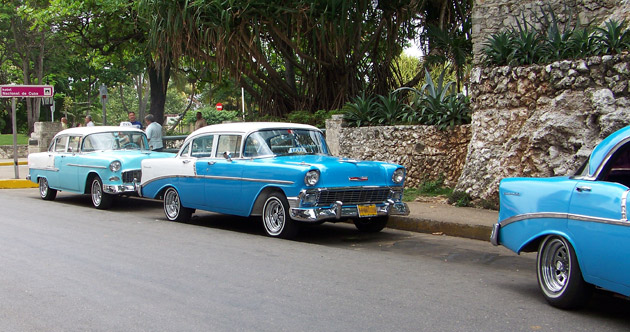 Many old cars still circulate freely in Cuba, in the picture a 1955 Chevrolet